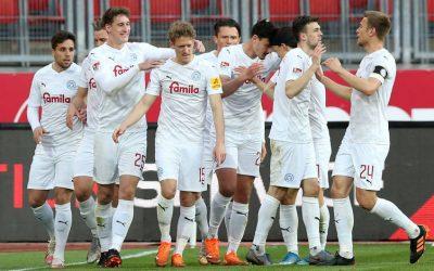A Kiel 80 évet várt a kupa-elődöntőre, a BVB vetne véget a menetelésnek